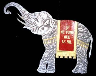 Le Nil Ne Fume Que Le Nil, Cut-Out Elephant Carton